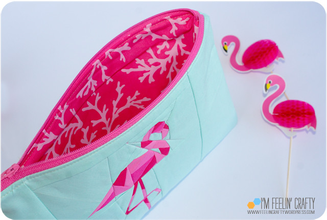 FlamingoPouch-Inside-ImFeelinCrafty
