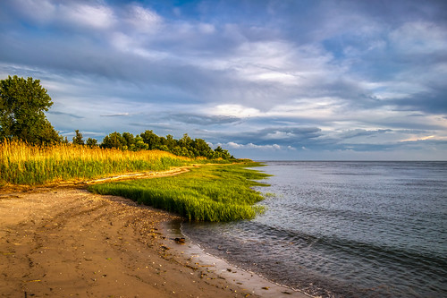clinton clintontownbeach connecticut hdr longislandsound nikon nikond5300 outdoor beach clouds evening geotagged ocean outside sand sky water shore shoreline