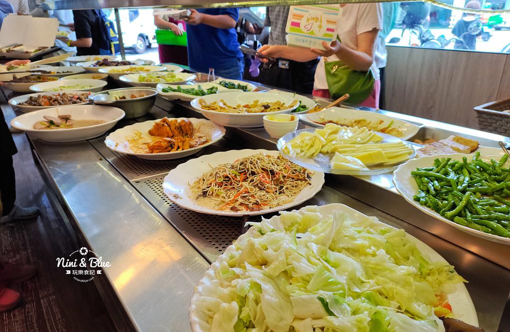 初一素食自助餐 台中素食07