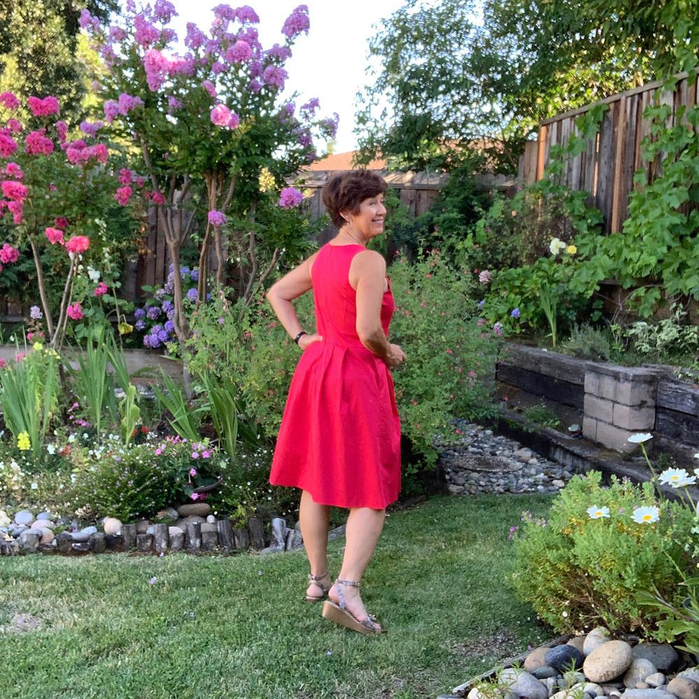 Red sateen dress 4