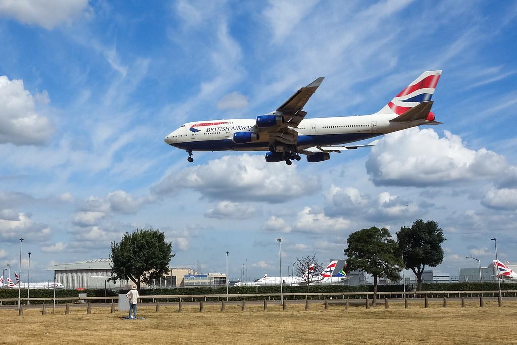 G-CIVN BRITISH AIRWAYS BOEING 747-400