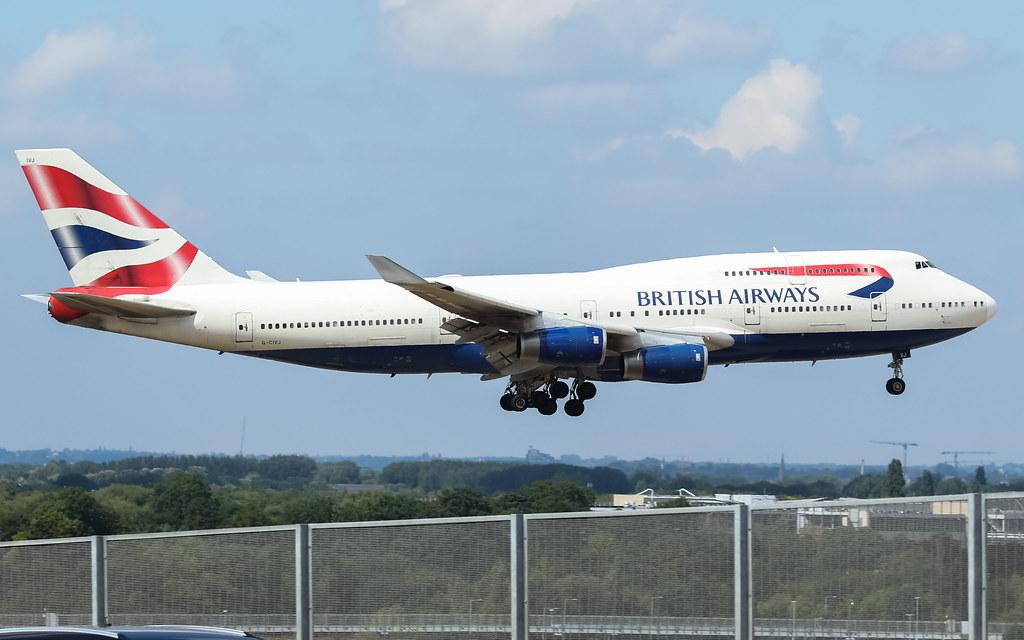 G-CIVJ BRITISH AIRWAYS BOEING 747-400