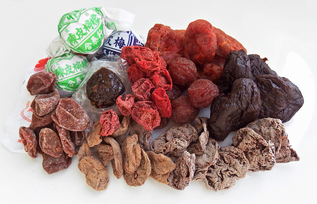 Verschillende soorten Chinese pruimen snoepjes