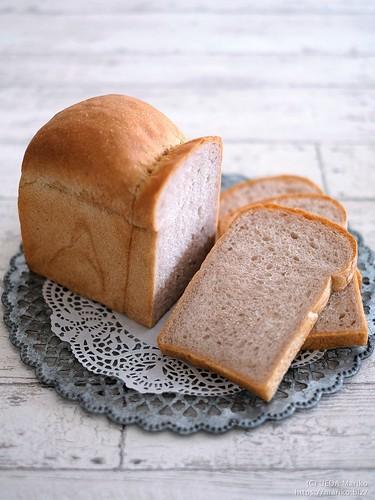 ブラックベリー酵母の生クリーム食パン 20200725-DSCT3691 (3)