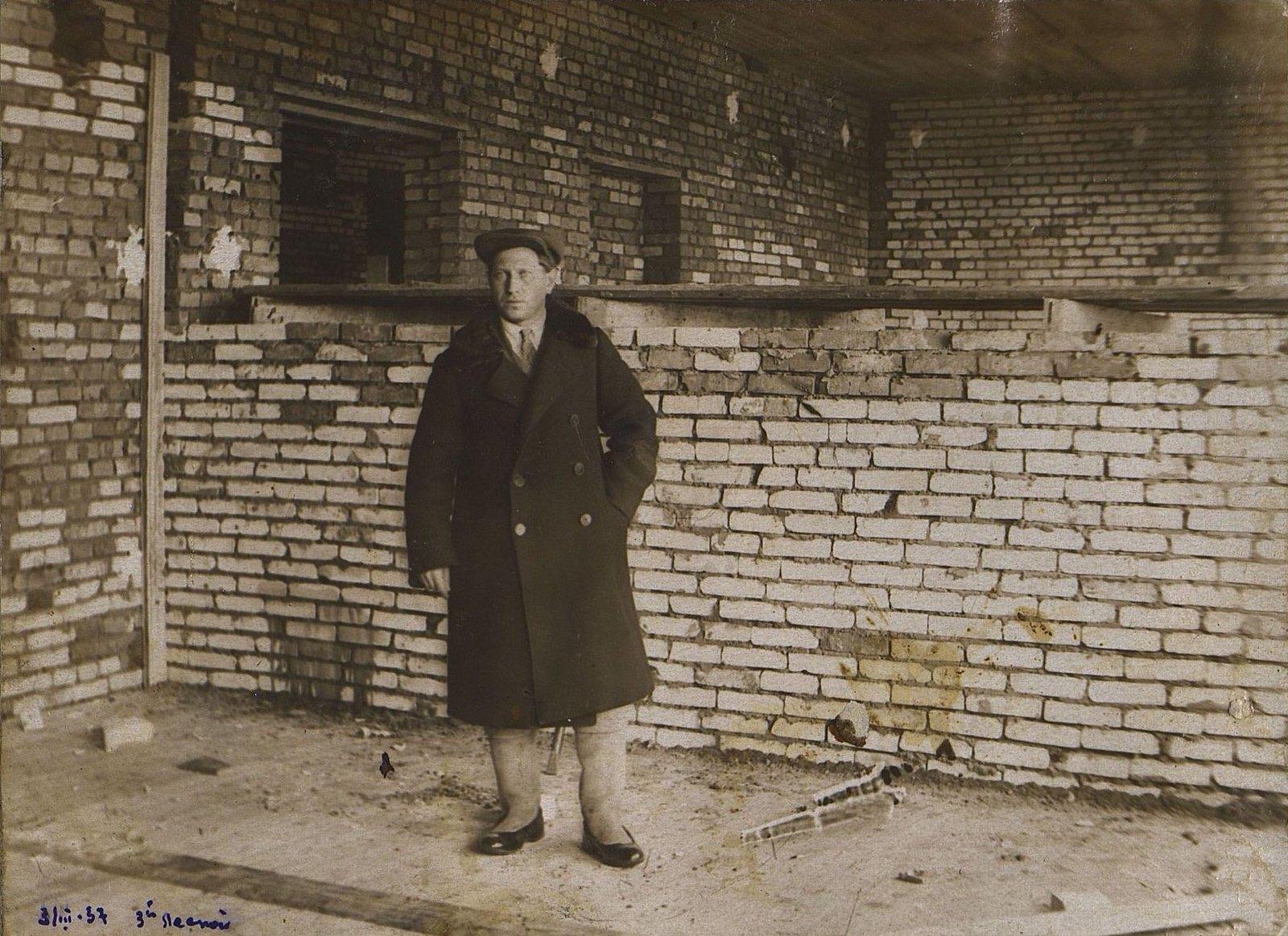 19. 1937. Тимофеев, заместитель начальника строительства школы на 3-й Лесной улице. 3 марта