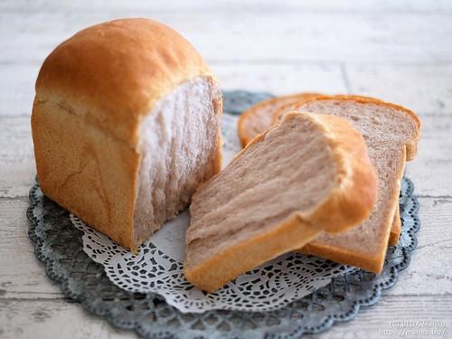 ブラックベリー酵母の生クリーム食パン 20200725-DSCT3701 (3)