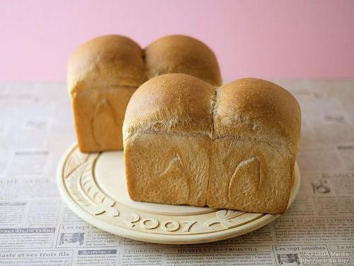 ブラックベリー酵母の生クリーム食パン 20200724-DSCT3650 (2)