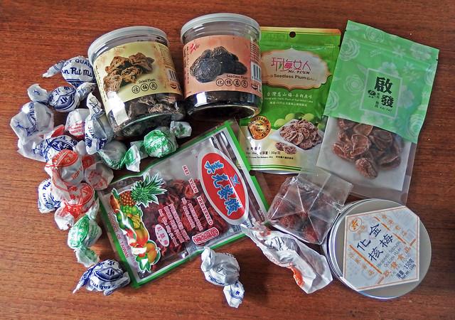 Verschillende Chinese zoute pruimen snoepjes
