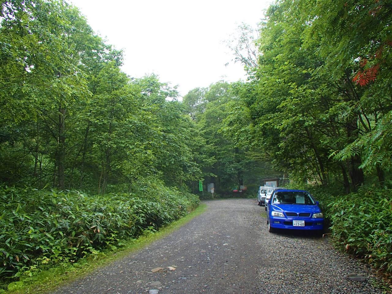 ニペソツ山 十六の沢コース登山口駐車場