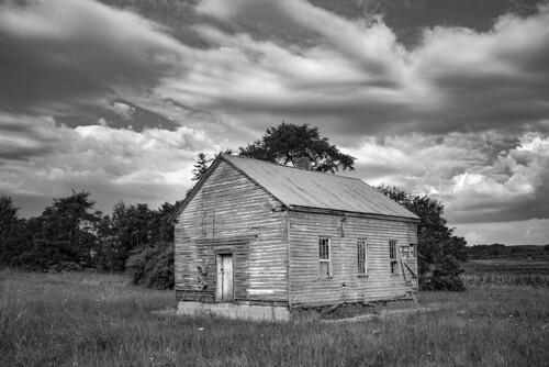 leica monochrom monochrom246 blackwhite blackandwhite monochrome virginia schoolhouse reliance clouds rustic abandoned