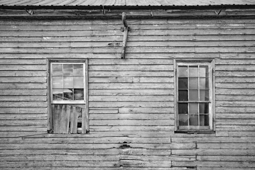 leica monochrom monochrom246 blackwhite blackandwhite monochrome virginia windows abandoned schoolhouse reliantva reliance