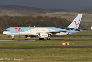 G-OOBA Boeing 757-200 TUI Glasgow airport EGPF 07.12-18