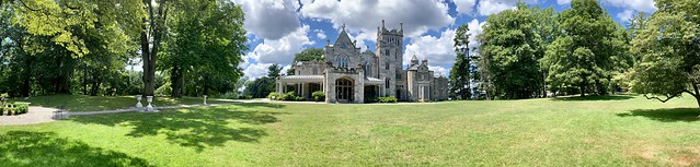 Lyndhurst Mansion Pano