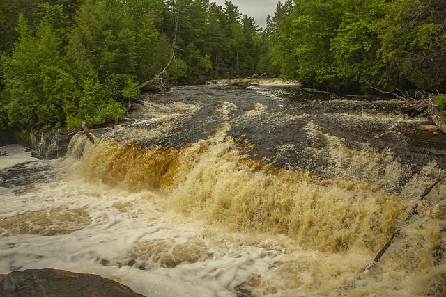tahquamenon falls upper falls 4