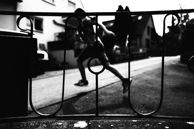 Jumping (Leica M6)
