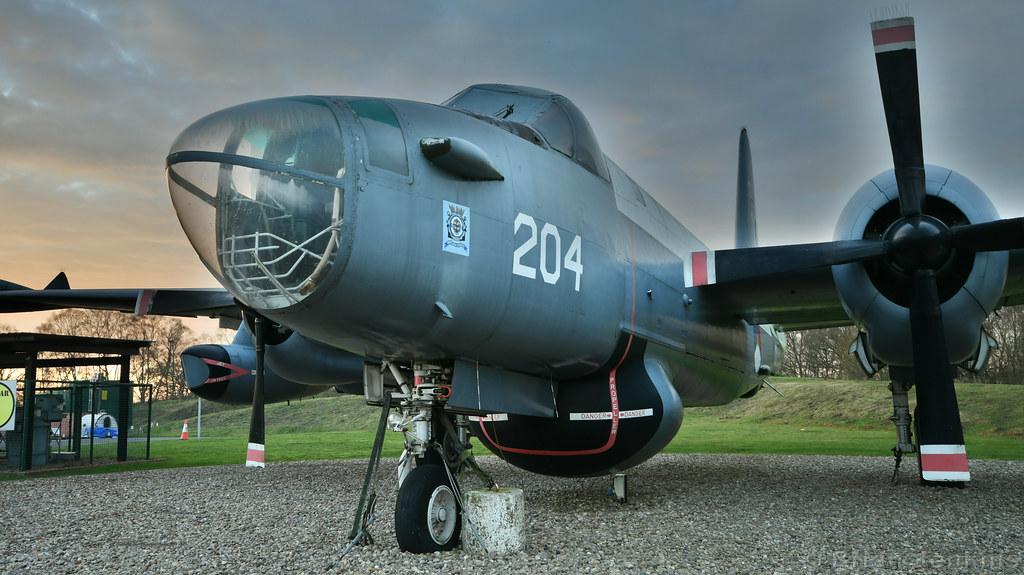Lockheed SP-2H Neptune (204)