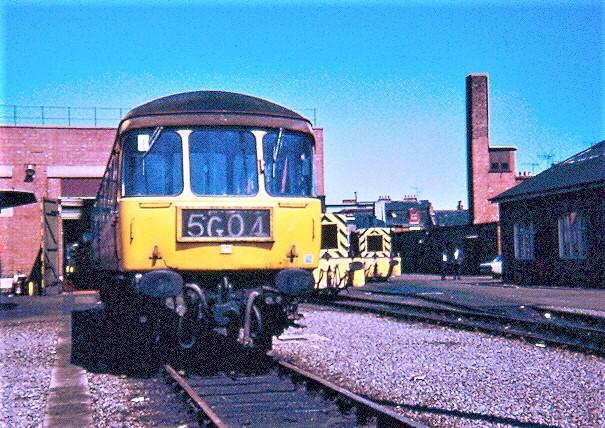 E51953, D2158, D2172 by Andy Sutton