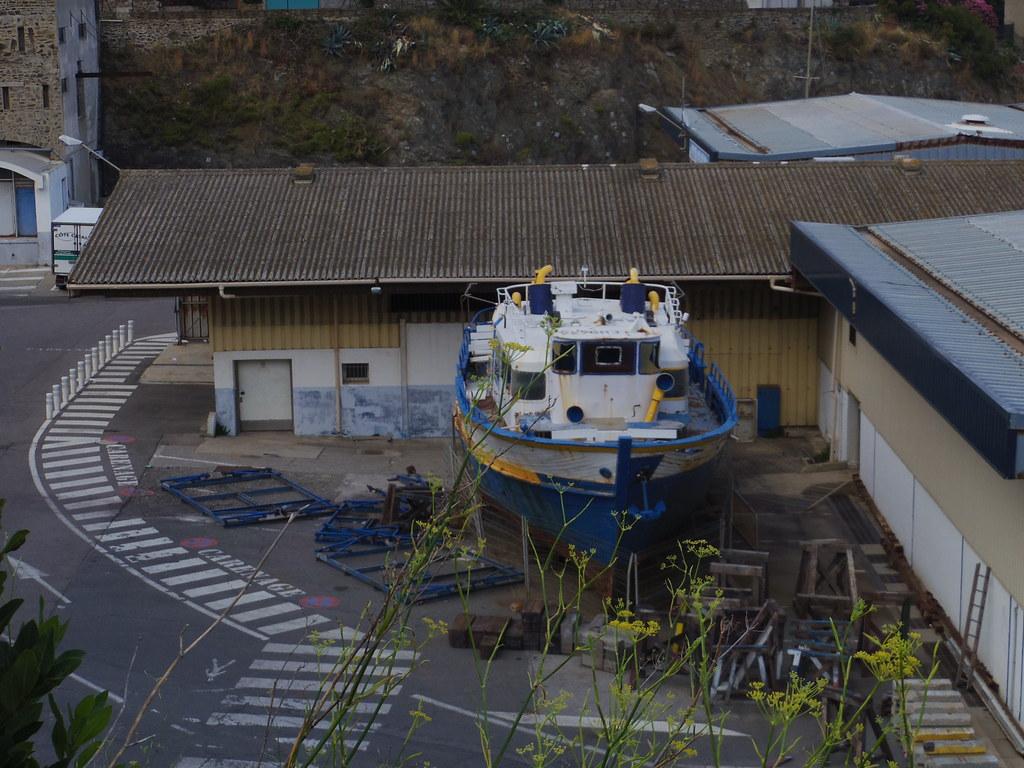 Encore un bateau bleu!!!!