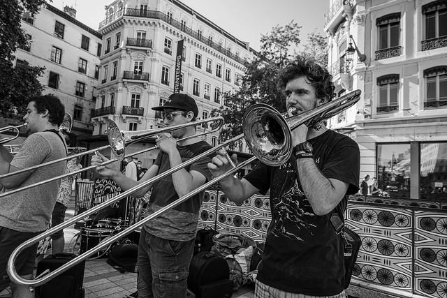 The long slide trombone