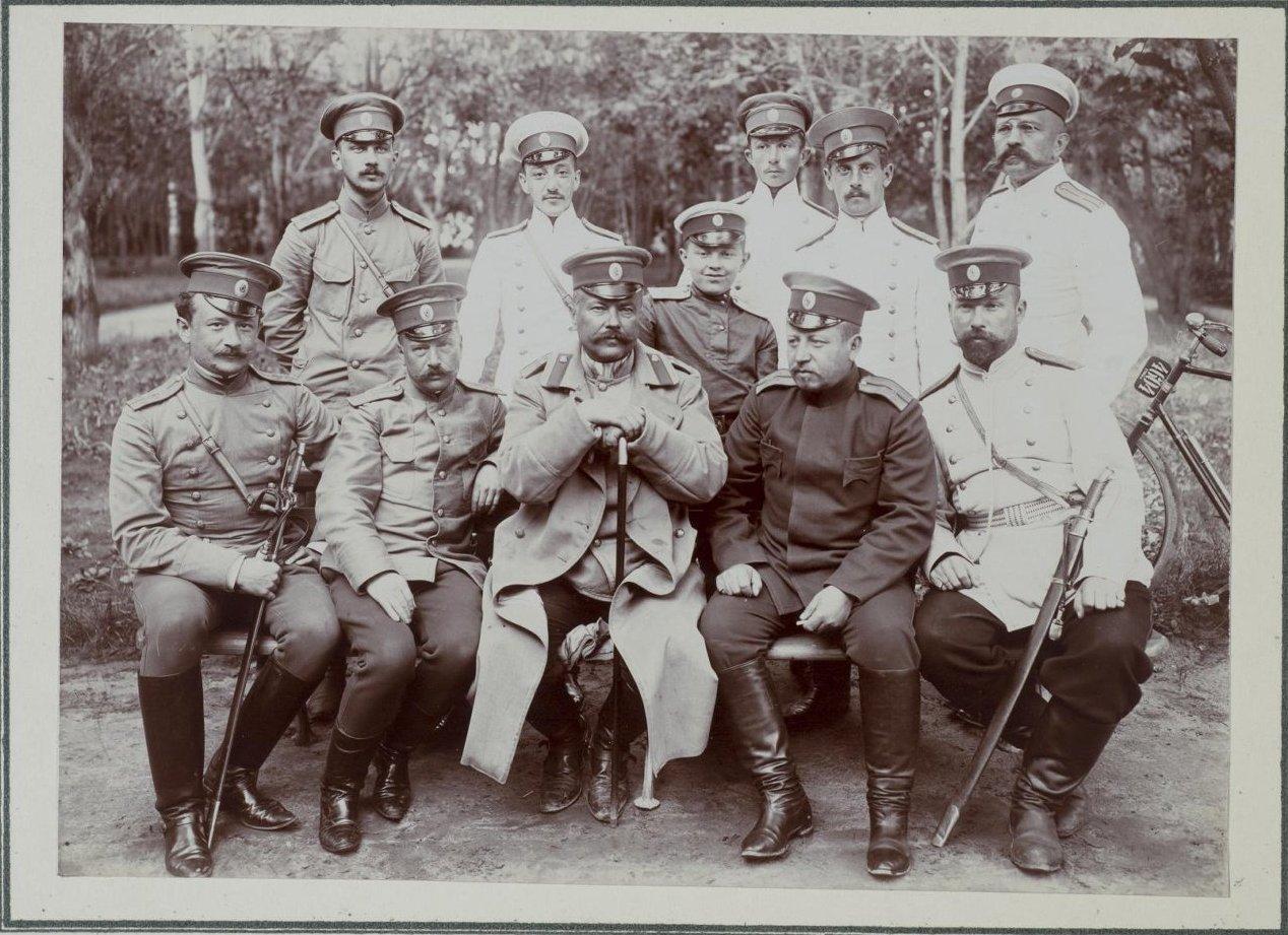 1900-е. Групповой снимок военных1