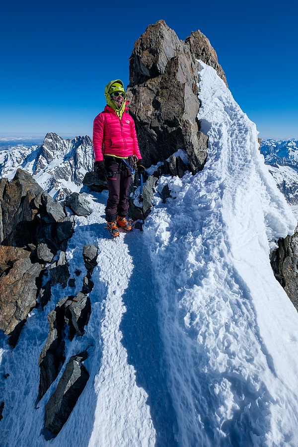 Finsteraarhorn Berner Alpen / Alpes bernoises Switzerland photo 15