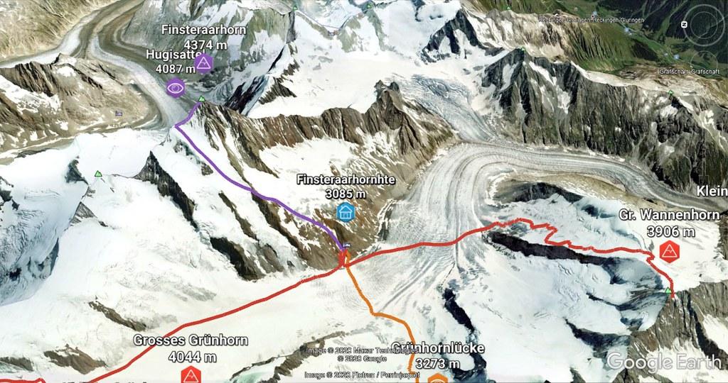 Finsteraarhorn Berner Alpen / Alpes bernoises Switzerland photo 02
