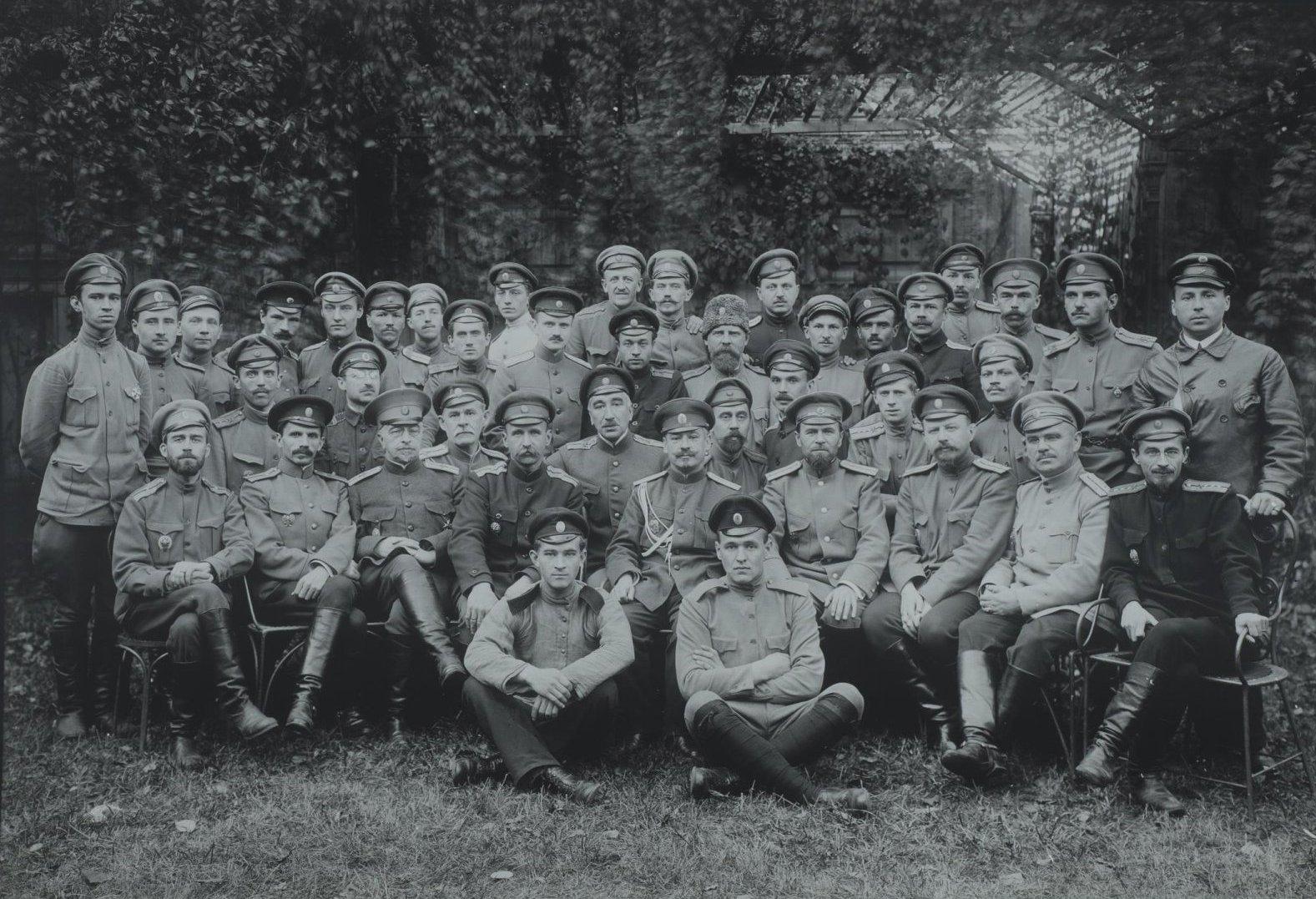 1910-е. Групповой снимок военных2