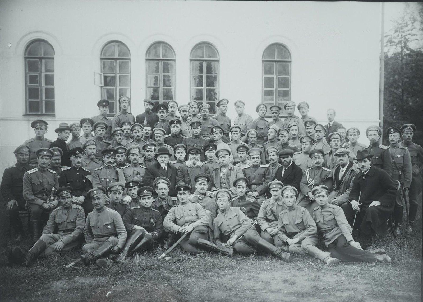 1910-е. Групповой снимок военных3