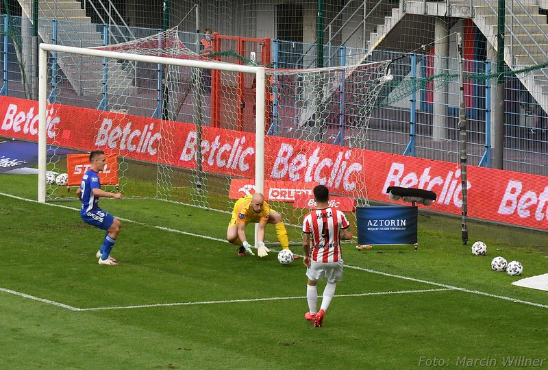 Piast_vs Cracovia_2020_07-32