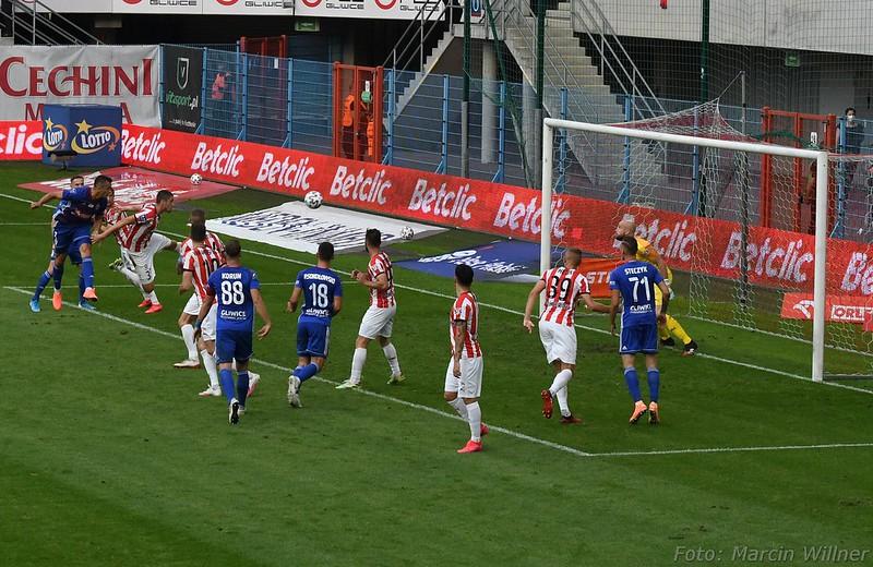 Piast_vs Cracovia_2020_07-39