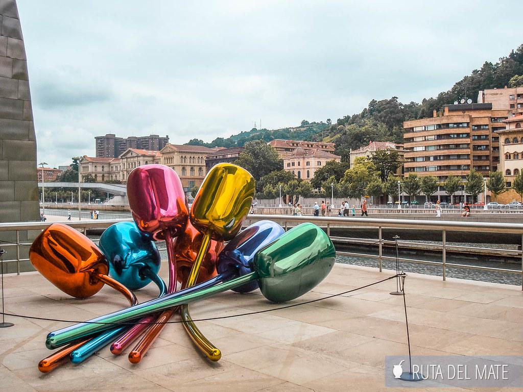 Los Tulipanes Jeff Koons Guggenheim Bilbao