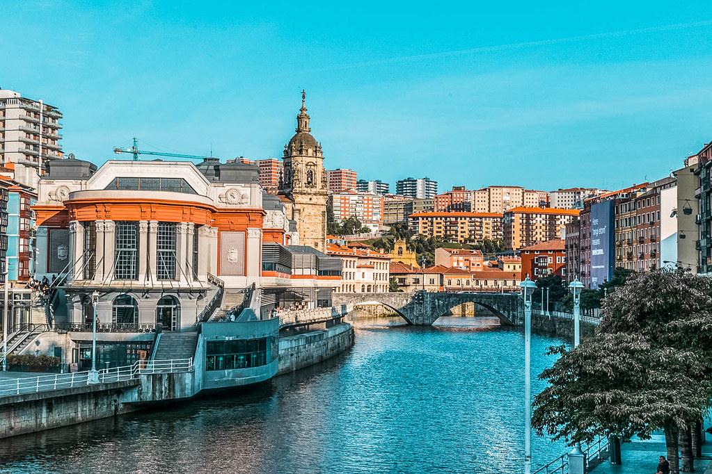 Mercado de la Ribera, uno de los lugares que ver en Bilbao
