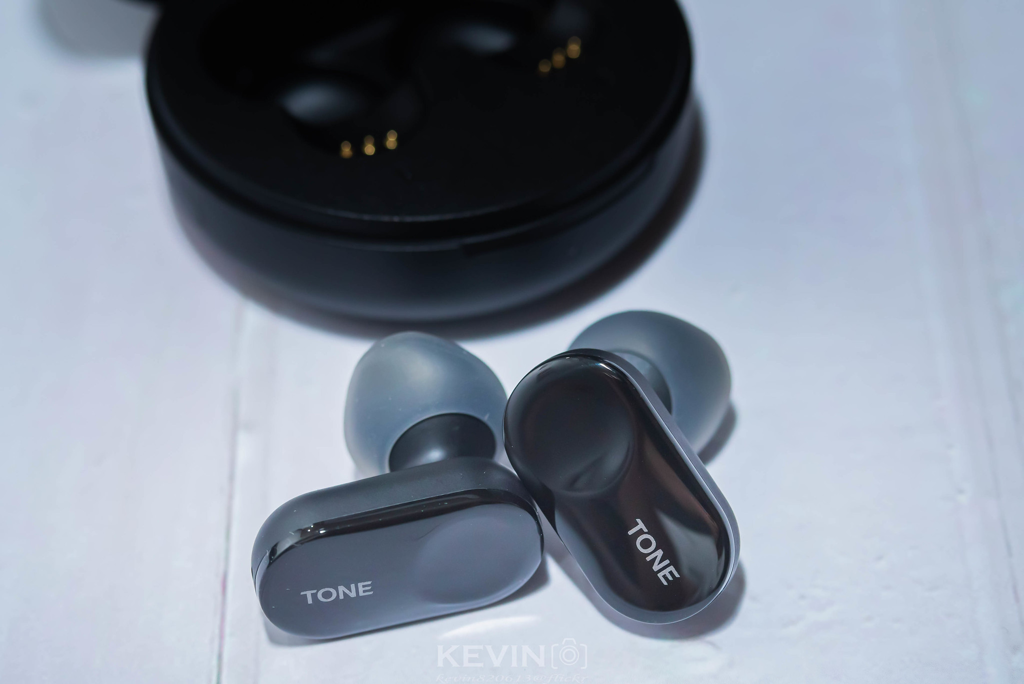 [K]時尚新配件! LG TONE Free真無線藍牙耳機 FL7