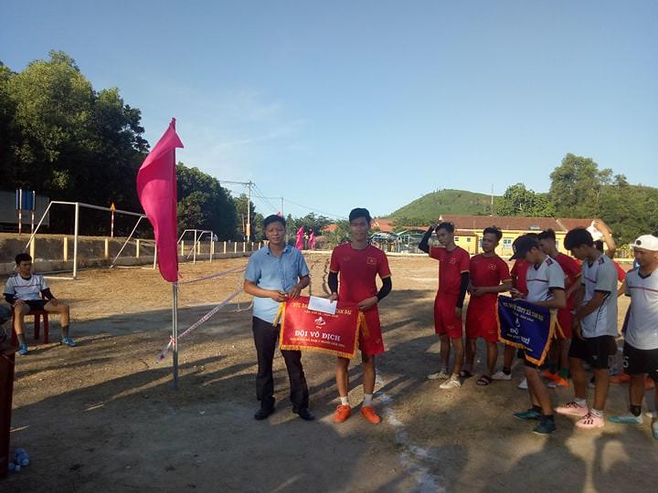 Tam Đại tổ chức gải bóng đá 7 người