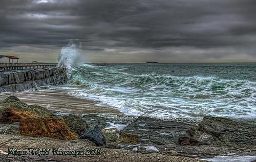 waves wavescape sea california southerncalifornia cabrillobeach sanpedro pacificocean sunrise
