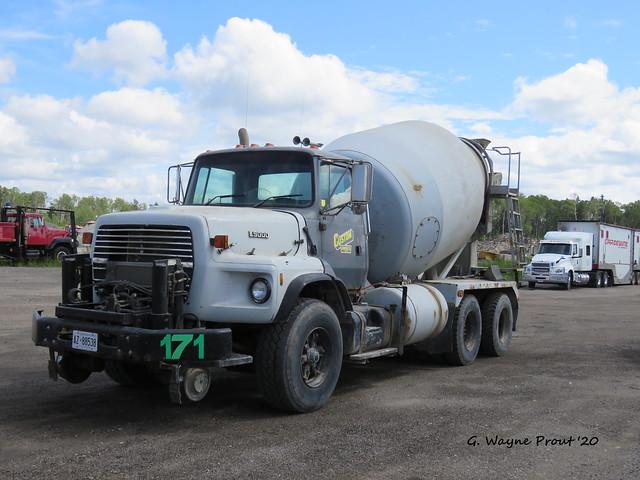 1995 Ford L9000 Concrete Mixer Truck 171 Custom Concrete