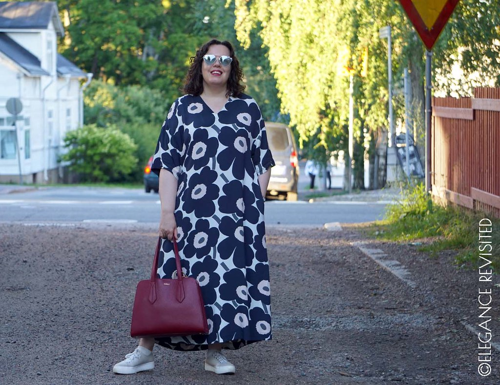 Marimekko kaftan dress 1300 x 1000