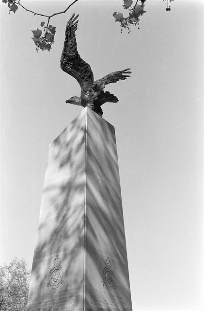 Eagle Squadron, memorial, Grosvenor Square, Wesminster, 1987 87-7a-41-positive_2400