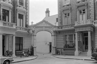 Linden Mews, Linden Gardens, Notting Hill, Kensington & Chelsea, 1987 87-7d-42-positive_2400