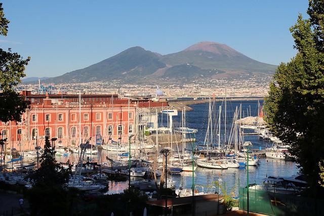 El amor entre Nápoles y el Vesubio