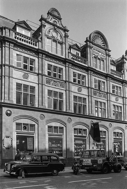 Davies St, Mayfair, Westminster, 1987 87-7a-65-positive_2400