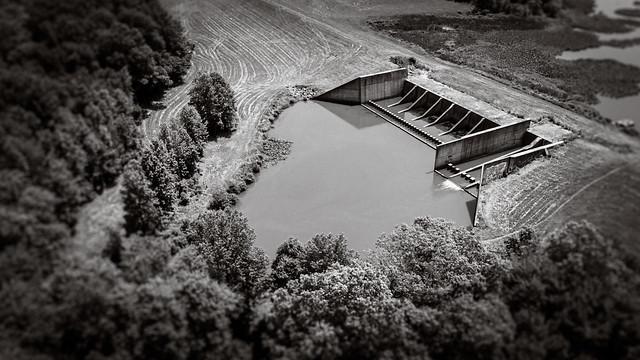 dam (Assunpunk Creek Dam)