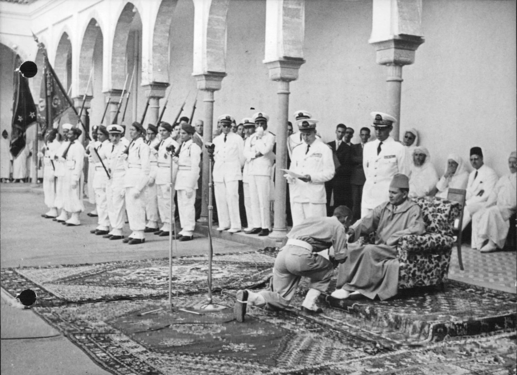 Les Officiers de la promotion Mohammed V - 1956/57 - Page 2 50160542698_5bf0746de0_o_d