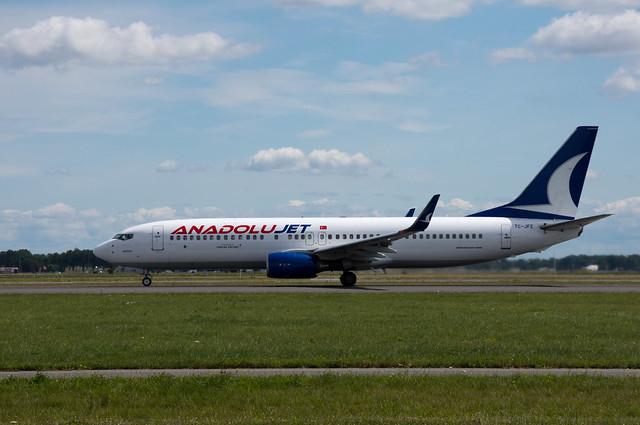 Boeing 737-8F2  Anadolujet  TC-JFE