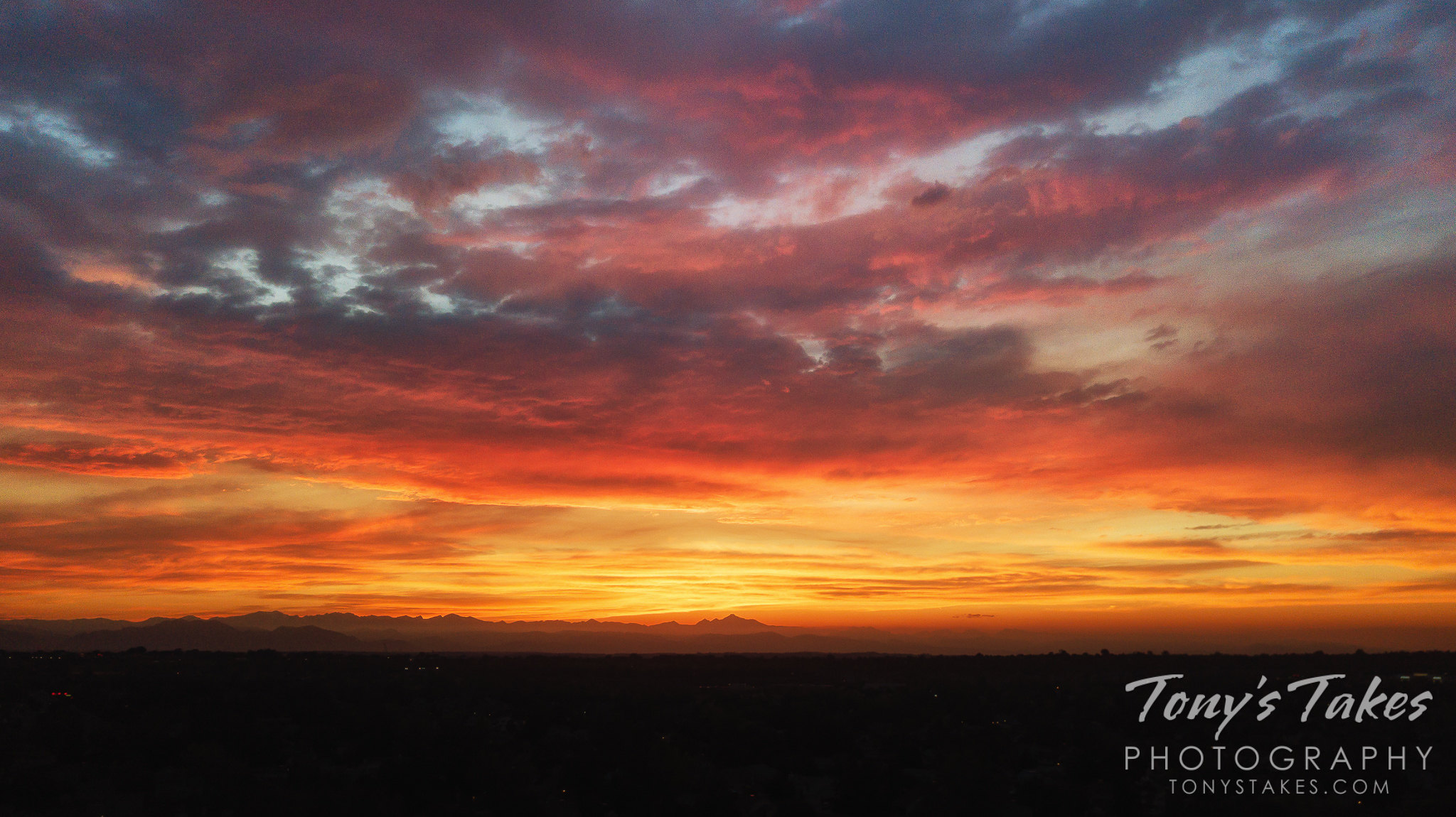 A beautiful summer sunset as seen from a drone over Thornton, Colorado. (© Tony's Takes)