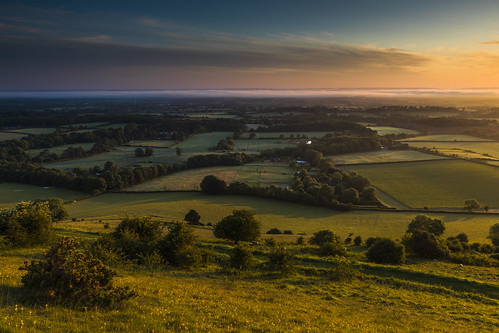 ditchlingbeacon sunrise sussex southdowns southdownsnationalpark viewpoint landscape countryside nationaltrust uk canon 80d sigma 1750mm