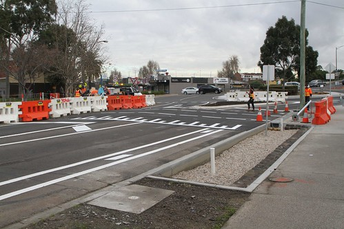 Installing a pedestrian crossing on Hampshire Road at the Sun Crescent roundabout