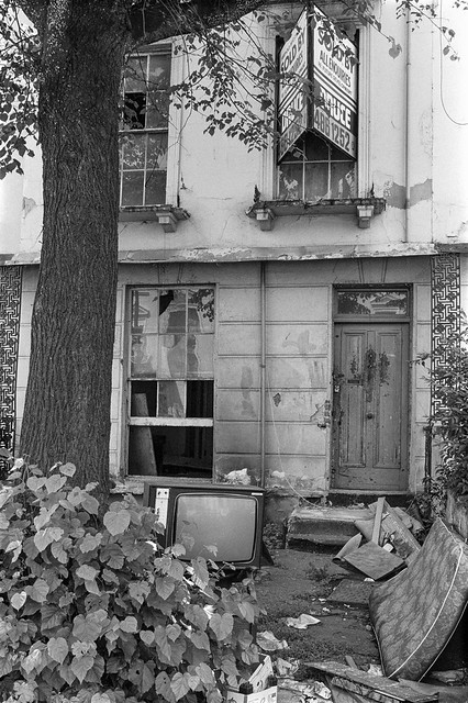 Chepstow Rd, Westbourne Green, Westminster, 1987 87-7g-34-positive_2400