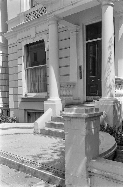 Pembridge Gardens, Notting Hill, Kensington & Chelsea, 1987 87-7f-25-positive_2400