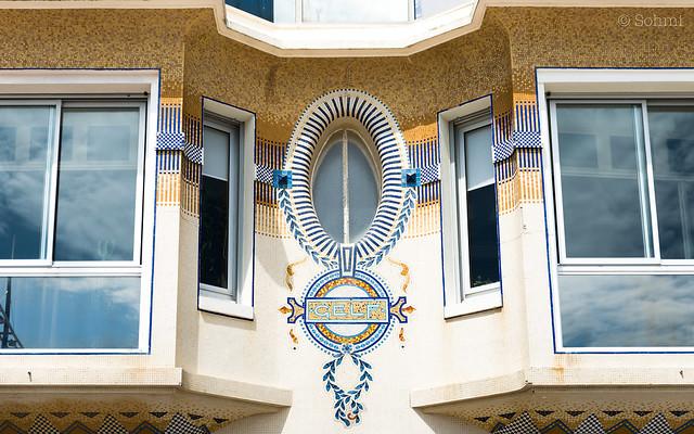 Villa Gelf mosaic facade